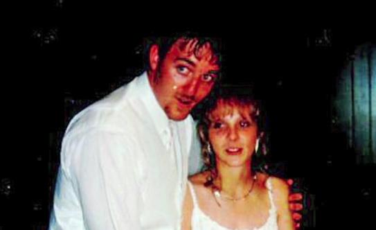 結婚した時、まさか自分が世界一精力旺盛な男性と結婚したとは思っていなかった…10年がそれが二人の人生を破滅させる