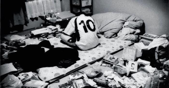 引きこもりを5年間続けた21歳の息子が突然リビングへ。そこで渡された「ある物」に泣き崩れる