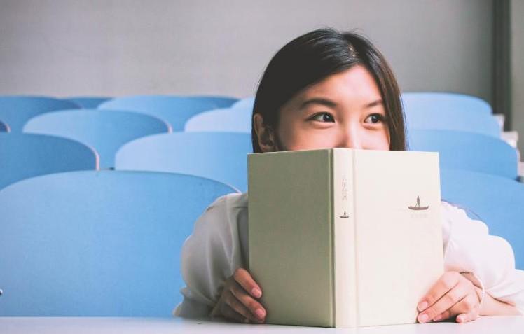 【驚愕の展開】40歳のおっさんが中学生の少女に「一目惚れした」と告白⇨中学生の神対応に大絶賛の嵐!