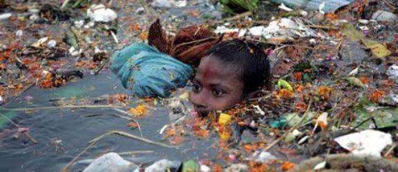 【閲覧注意】中国の環境汚染がヤバすぎる・・・・見たこともない想像を絶する画像7選