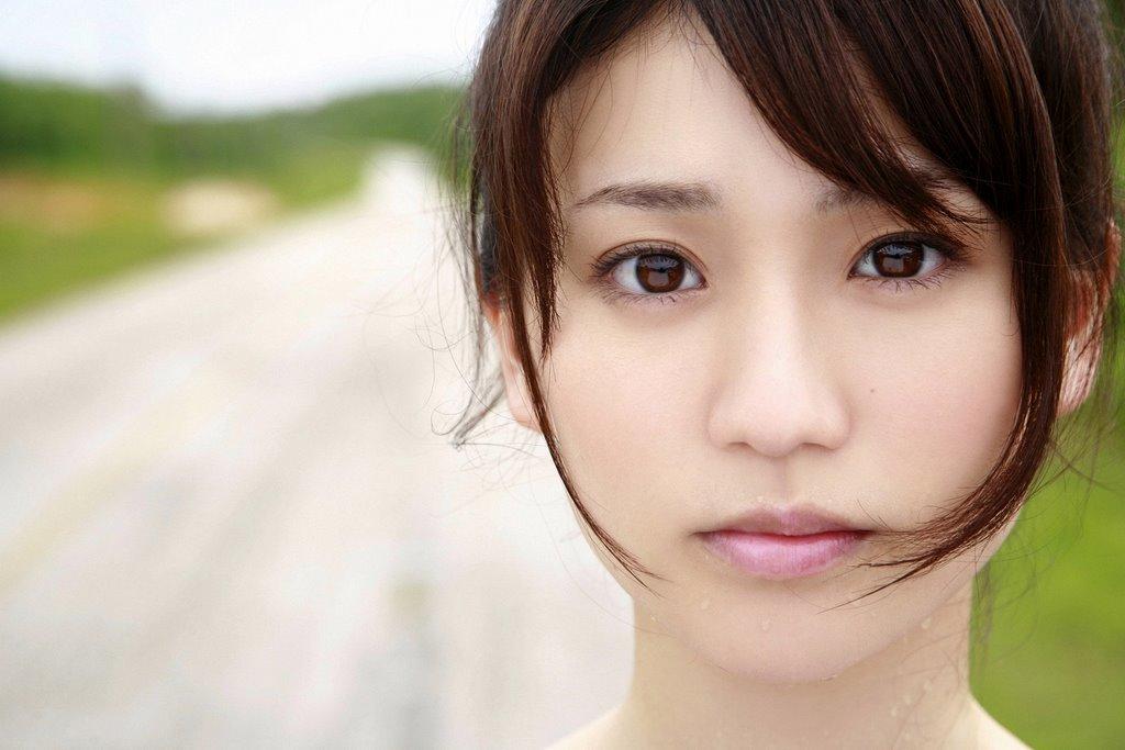 【衝撃】大島優子さんと関係を持った男性たち・・フルネームで大暴露!多すぎてワロタw
