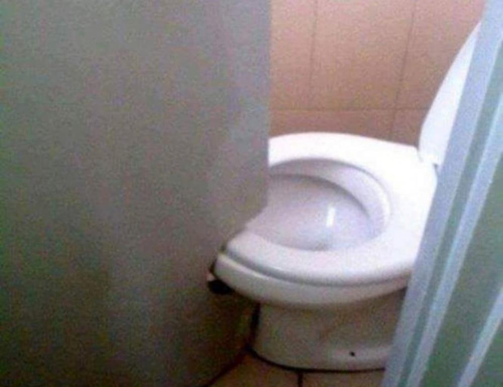 【※驚愕】なぜそうなった?世にも奇妙な希少トイレの数々TOP12