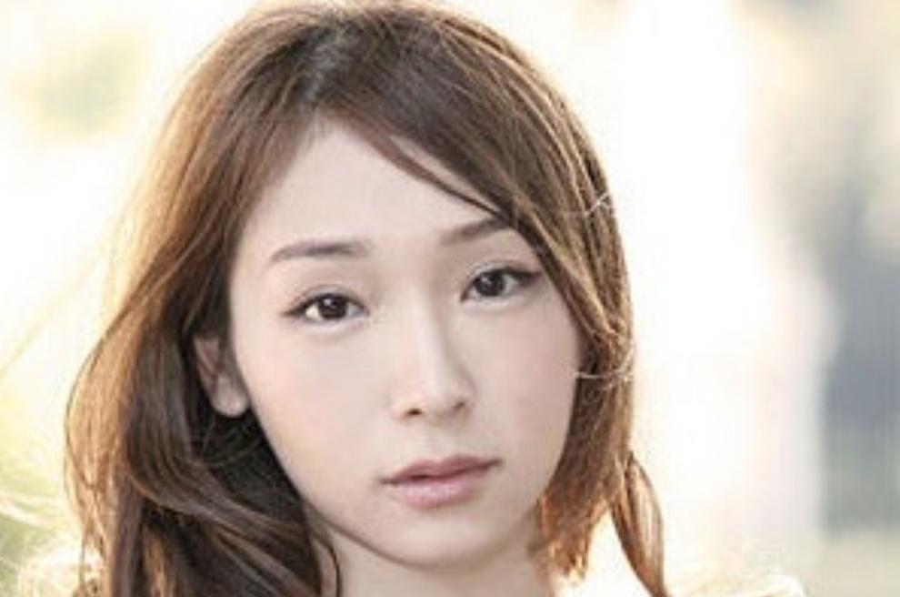 【※驚愕】加護亜依が当時超人気グループのメンバーと交際していたことを暴露!!共演者が顔面蒼白になった相手はジャニーズの・・・?!