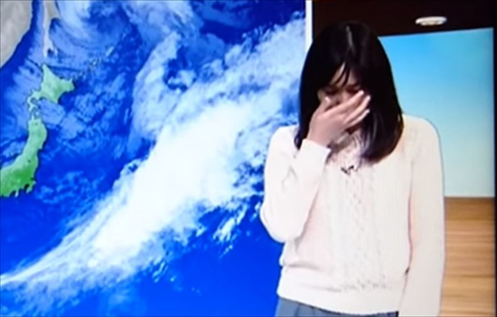【驚愕】生放送中に号泣してしまったNHKのお天気お姉さん。号泣してしまったワケとは。。。