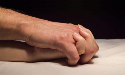 【納得】「新幹線で手をつなぐことも我慢できない人」いとうあさこが今井絵理子議員に鋭い指摘!