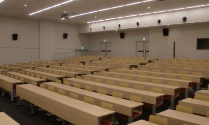 韓国人「日本人は謝罪しろ!」静まり返る教室内・・・アメリカ人が「教授チョットイイデスカ?」→その後韓国人はww