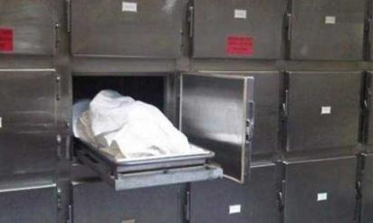 【衝撃】遺体安置所で若い女性の遺体に興奮したガードマンが暴走して、まさかの展開に!!