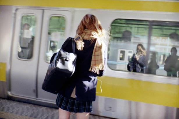 女子 高校生 が 飛び込み 死亡