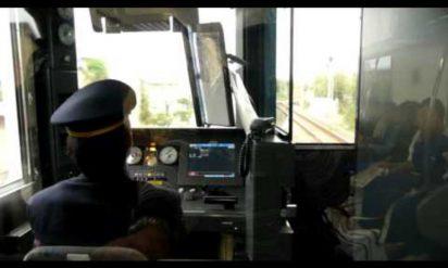 【これは使える!】絶対に寝ることが許されない電車の運転手さんが実践している「睡眠解消法」が効果絶大と話題に!