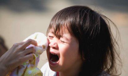 【母子家庭の子どもにまたも痛ましい事件が発生!!】1歳娘を彼氏に預け、出掛けた母親の行動に非難殺到!その後の出来事が「母ではなく女」と絶句!