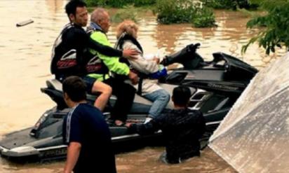 【西日本豪雨】倉敷市真備町で救助に現れた水上バイクの男性は意外な人物だった‥
