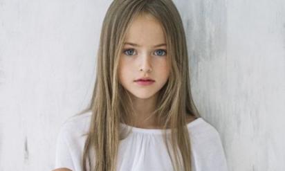 【驚愕】世界で最も美しいと話題になった少女の4年後‥ 見事な進化を遂げた姿が激ヤバ!!