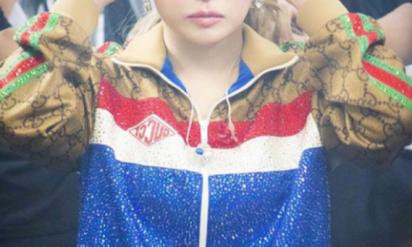 【驚愕】浜崎あゆみ、ボディの次は別人すぎる顔画像で炎上wwもはや原型がないww(※画像あり)
