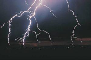 雷 に 打 た れる 確率